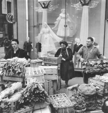 [fig.1] Robert Doisneau. Angels and leeks. Fotografia. 1953